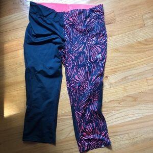 Two toned polka dot cropped New Balance leggings